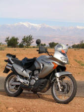 Motorradvermietung in Marrakesch Marokko - Honda Transalp 650 und BMW 650 GS - Motorbike rental in Marrakesh Marrakech Morocco Maroc. Location de moto a Marrakech Maroc. Mieten Sie sich Motorräder in Marrakech Marocco Marocko Marocko ...